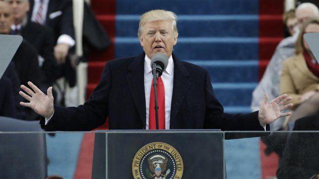 Le estamos devolviendo el poder al pueblo, aseguró Trump en su asunción