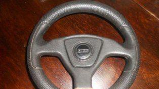 Volante deportivo Fiat.