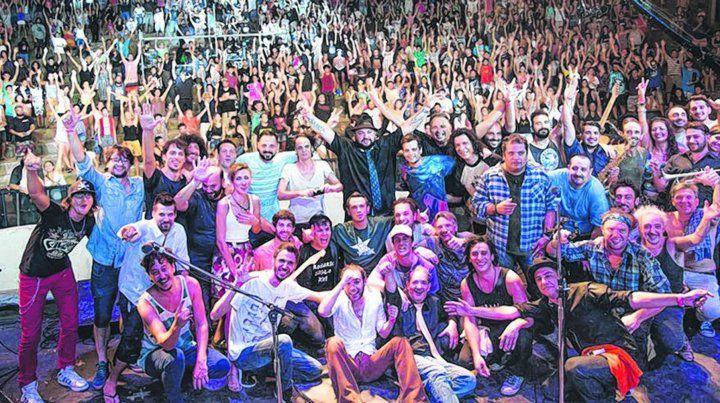 Con todos. Artistas locales de diferentes géneros musicales volverán a compartir un escenario para celebrar su día.
