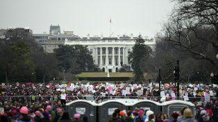 Una sola voz. Las mujeres abarrotaron la capital estadounidense el día siguiente a la investidura de Trump para protestar contra su flamante gobierno.