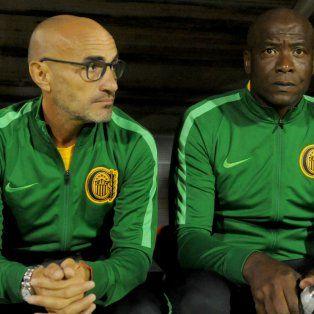 Se metió en el juego. El técnico uruguayo logró que el funcionamiento fuera más decoroso tras el entretiempo.