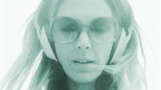 La selfie hot de Viviana Canosa que sobrelleva el calor con música