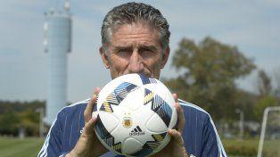 El director técnico de la selección nacional, Edgardo Bauza, reveló los secretos del equipo argentino.