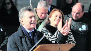 otros tiempos. Macri habla Fein aplaude, el año pasado, en el Monumento.