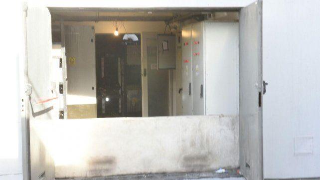 Un incendio se desató anoche en un local de servicios informáticos en Echesortu