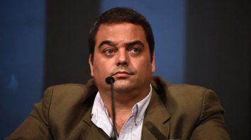 El ministro de Trabajo nacional apeló al diálogo y cuestionó la medida de fuerza.