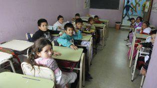 La ministra de Educación dijo que se trabaja intensamente para dejar a las escuelas en condiciones.