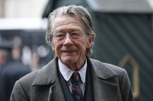 El actor británico falleció a los 77 años tras luchar por dos años contra un cáncer de páncreas.