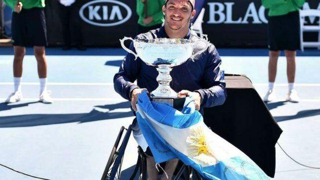 Arriba. El tenista de Río Tercero conquistó su segundo Grand Slam..