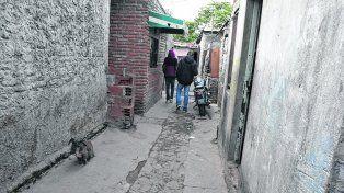 ayacucho al 4200. Un joven de 26 años murió y dos resultaron heridos el pasado 1º de mayo en un tiroteo en un pasillo del barrio Tablada.