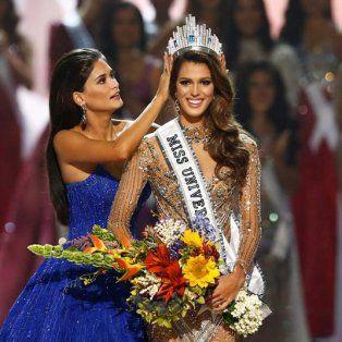 miss francia fue elegida miss universo y declaro que su pais esta abierto a los refugiados