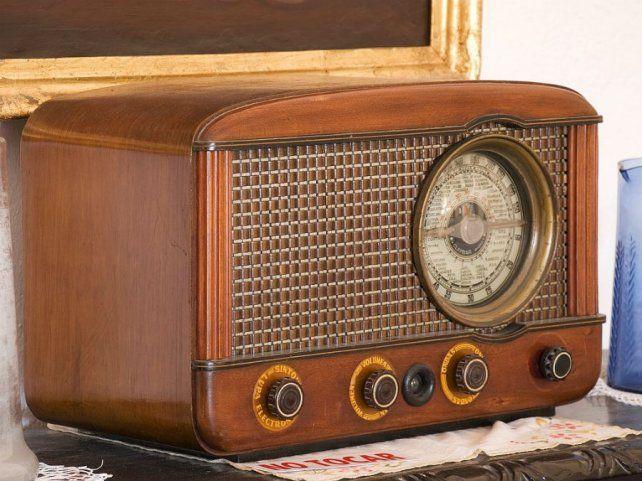 La radio vieja