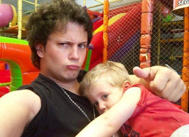 Amor de tío. Darío Lopilato se tomó licencia para acompañar al pequeño Noah.