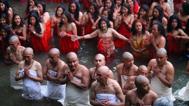 Nepal celebra el festival santo de Madhav Narayan
