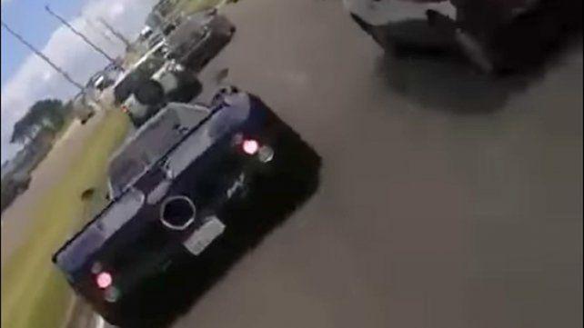 Por querer hacerle un video, arruinó un auto deportivo de millón y medio de dólares