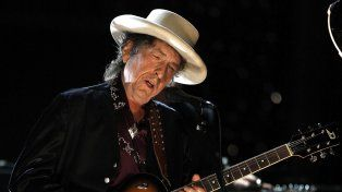 Bob Dylan anunció el lanzamiento de su nuevo trabajo en estudio