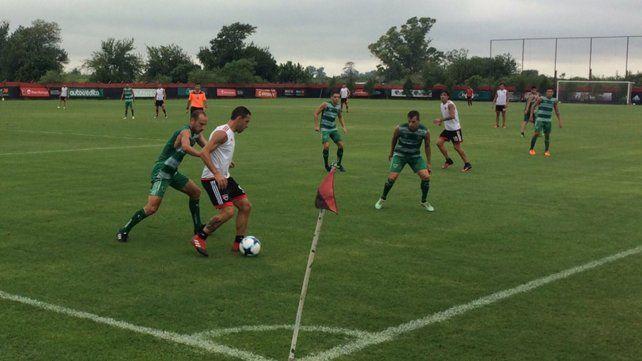 Newells empató 1 a 1 con Sarmiento en el tercer amistoso en Bella Vista