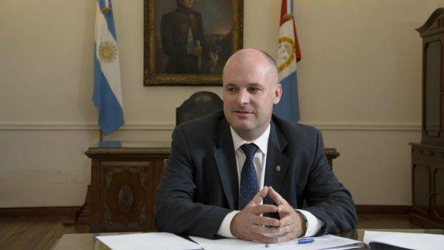 Jorge Henn disparó contra la administración nacional.