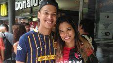 Amigos brasileños fanáticos de Newells y Central.