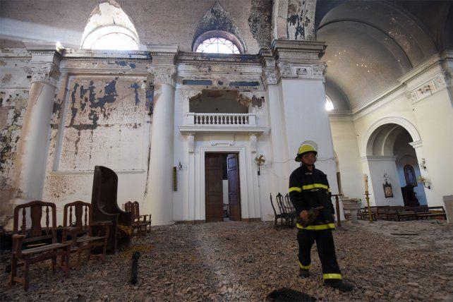 Así quedó la Catedral de San Nicolás luego del incendio.