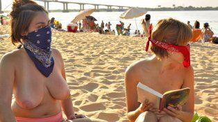 Movida en favor del topless en las playas correntinas