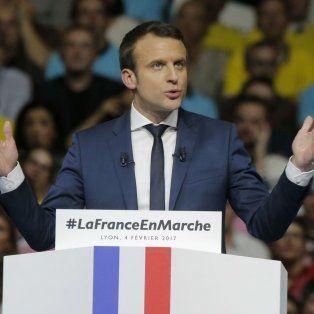 En marcha. Macron tuvo ayer su bautismo de fuego como candidato presidencial con un acto en Lyon.