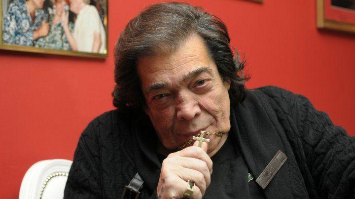 Una catarata de desgracias sufrió Cacho Castaña tras sus polémicas declaraciones televisivas.