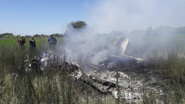 Cayó una avioneta y dejó cinco muertos