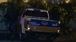 El impacto de la camioneta causó daños de consideración en la pared del hospital.