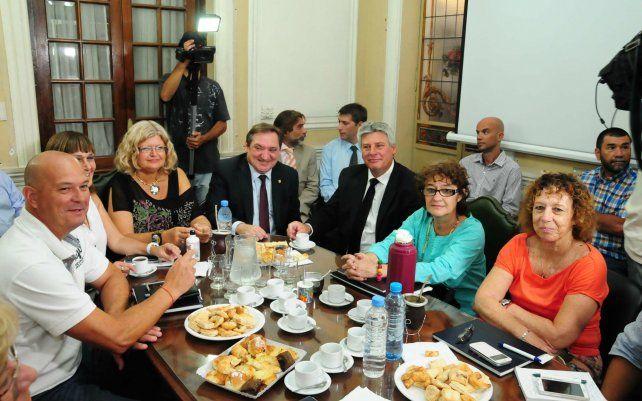 La provincia convocó a Amsafe para la apertura de la negociación salarial