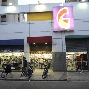 la cadena de supermercados la gallega finalmente no abrira sus puertas el domingo