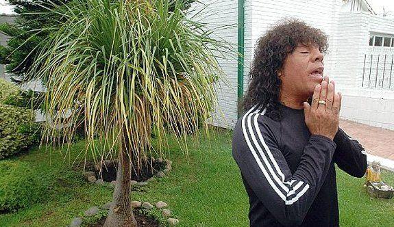 La Mona Jiménez fue citado a declarar acusado de plagio por uno de sus hits