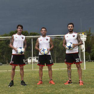 Tridente de oro. Mauro Formica, Maxi Rodríguez y Nacho Scocco, los dueños del buen juego rojinegro.