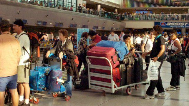 Dinámica. El sistema diferencia entre los viajeros que tienen algo para declarar de aquellos que no.