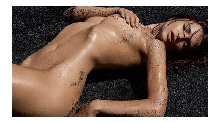 Se filtraron fotos de Emily Ratajkowski en las que aparece totalmente desnuda