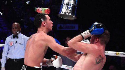 Un polémico fallo de un combate de boxeo terminó con un baldazo de agua fría