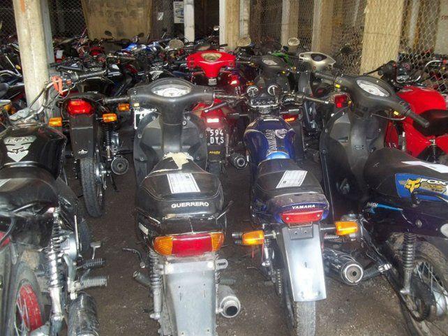 Del corralón municipal eran retiradas las motos con certificación apócrifa.