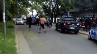 Persecución, disparos, detenciones y un herido en el cortejo fúnebre de un joven que mataron en Ludueña