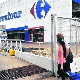 Supermercados. Sindicalistas exigen igualdad de condiciones.