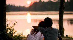 en el dia de los enamorados, el gobierno lanza una campana contra la violencia de genero