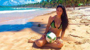 El video viral de una belleza brasileña con pelota dominada