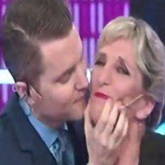 santiago del moro respondio a una escena de celos y beso en la boca a una de sus panelistas