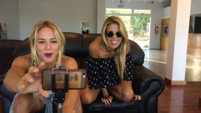 Inesperado topless de Virgina Gallardo que mostró las lolas sin filtro en Facebook Live