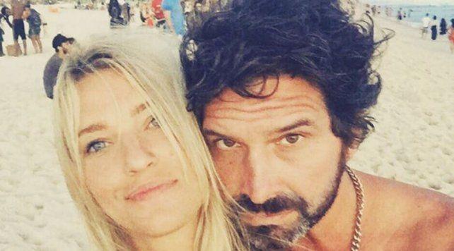 Iván Noble presentó a Pilar Abrey, su bella novia de 25 años