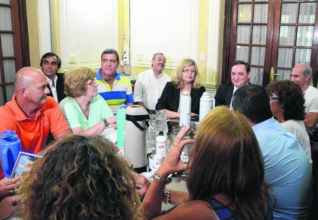 En la mesa. La ministra de Educación Balagué encabezará el cónclave.