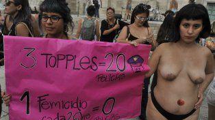 Ni una menos. Mientras una parte de la sociedad sigue escandalizada por el tetazo, en menos de dos meses fueron asesinadas 57 mujeres.