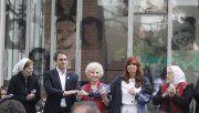 El diputado del FpV Juan Cabandié saludaq a la expresidenta Cristina Fernández en un acto realizado en 2015 en la exESMA.
