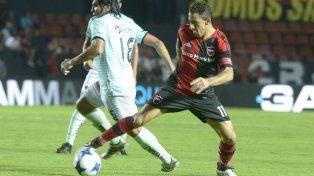 Maxi Rodríguez engancha y deja desairado a Oviedo.