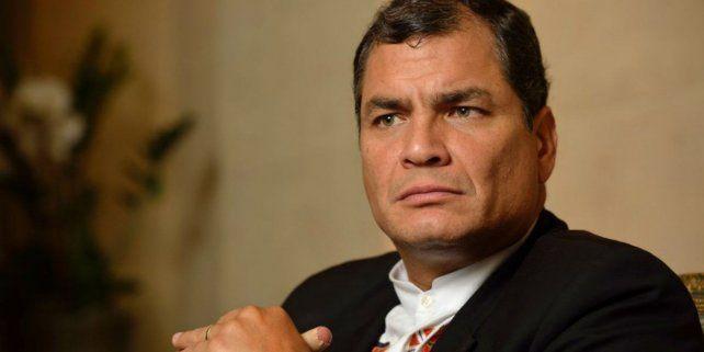Gesto. Correa trajo estabilidad y crecimiento. Pero su estilo confrontativo e intolerante cansó a los ecuatorianos.