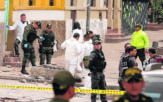 daños. La zona atacada estaba llena de policías por una inminente corrida de toros.